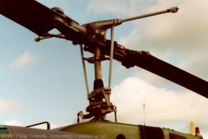 UH-1H_5