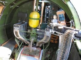 B-17 Ball Turret_9