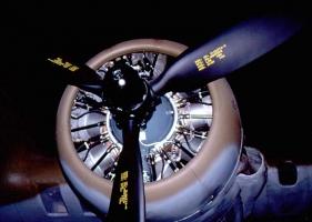 B-17 Engines_1