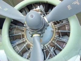 B-17 Engines_5