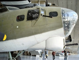 B-17 Nose Section_12