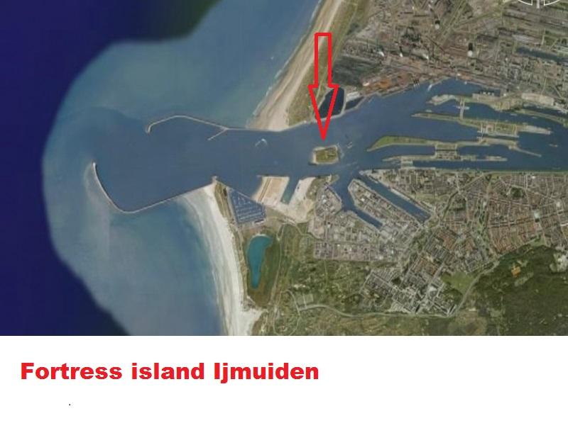 IJmuiden_van_uit_de_lucht.jpg