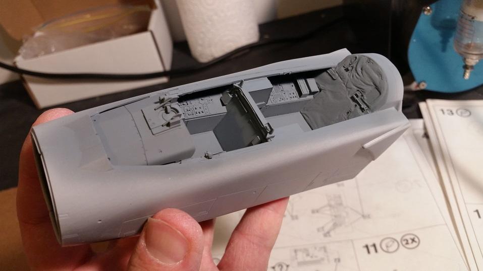 Cockpit09.jpg