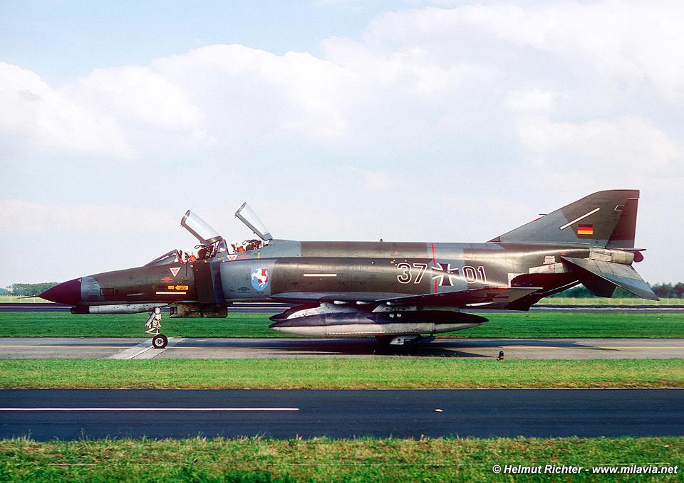 img28_F-4F_37+01_JaboG36_Hopsten_1977-06-11.jpg