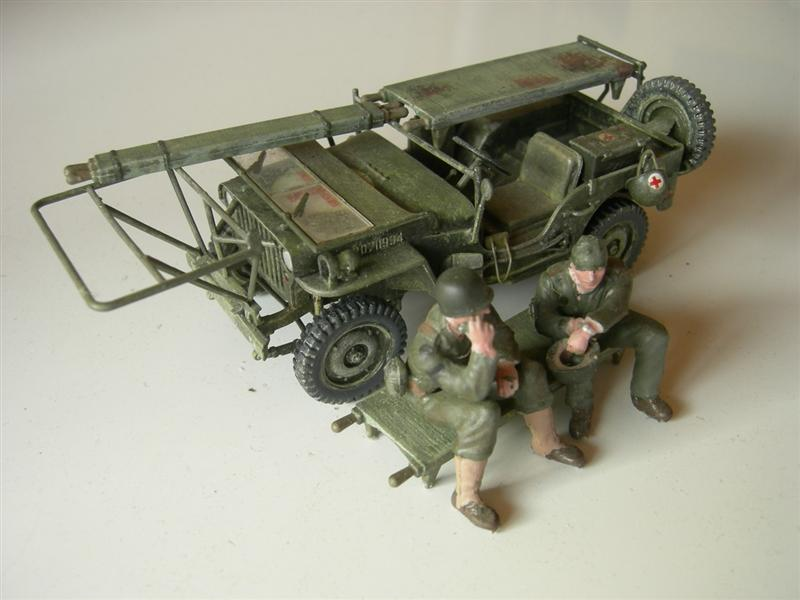 AmbulanceJEEP016Medium.jpg