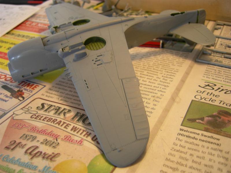 P-40KITTYBUILD3011Medium.jpg