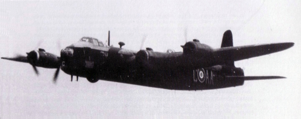 75_Squadron_RMZAF_Short_Stirling_AA-C_en_route_for_26th_mission.JPG