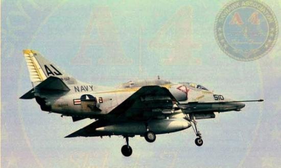 A-4F4.jpg