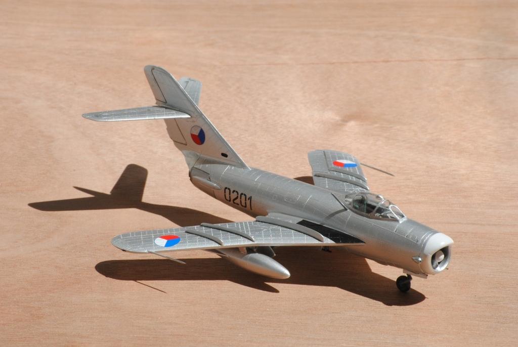 MiG-17_PF_050a.jpg