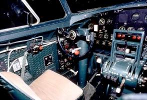 B-17 Cockpit_9