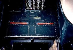B-17 Cockpit_8