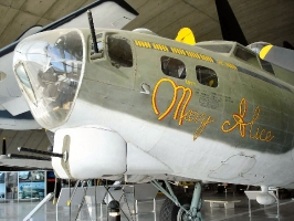 B-17 Nose Section_11