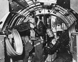 B-17 Waist Guns_1
