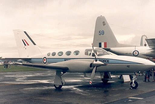 Cessna_421C_Golden_Eagle_IP_NZ7942.jpg