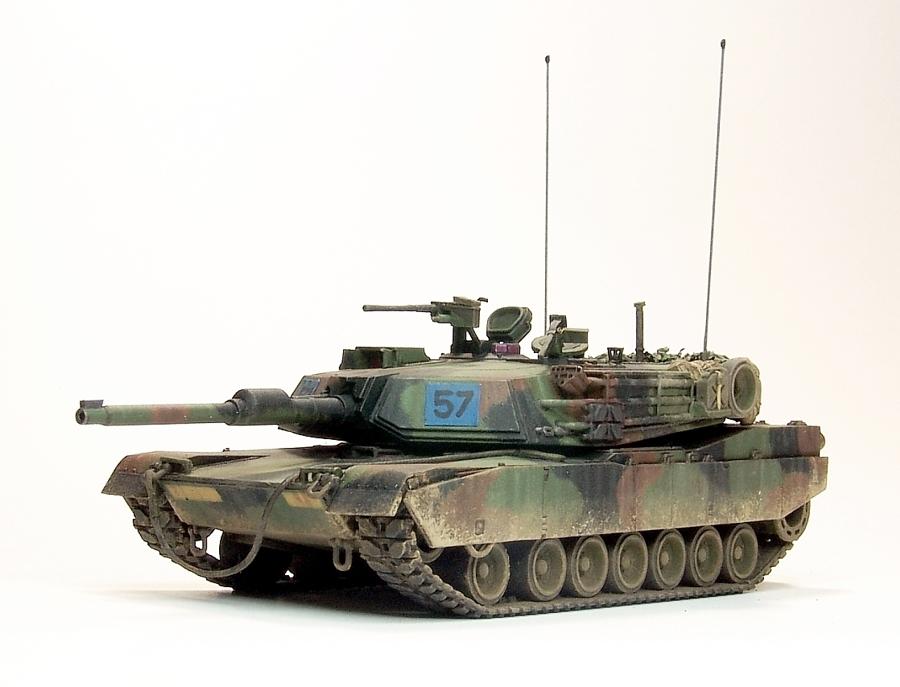M1A1-110-900px.jpg