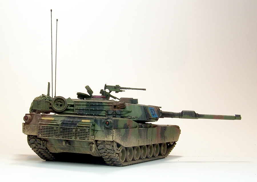M1A1-119-900px.jpg