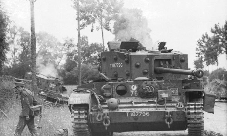 Bundesarchiv_Bild_101I-738-0269-07,_Villers-Bocage,_zerstörter_britischer_Panzer.jpg