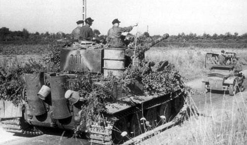 SS-Tiger-102-03.jpg