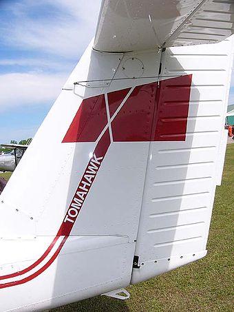 340px-PiperPA-38-112TomahawkC-FBRL06.jpg